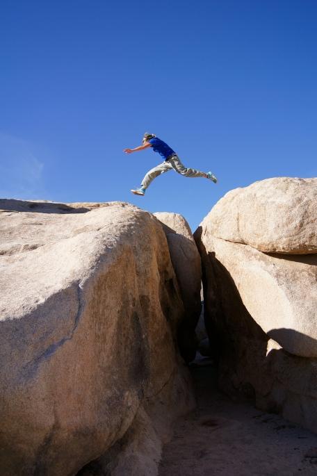 Rock hopping @ Joshua Tree